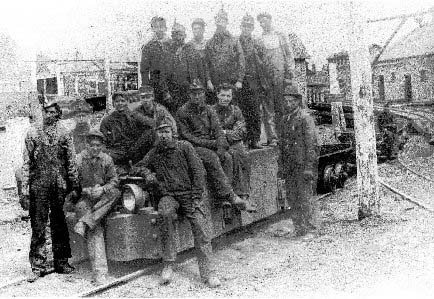 Miners at Windber Mine No. 35 in 1905